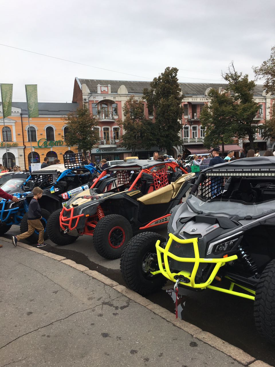 Виставка спортивних авто